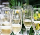 glasses-of-fizz-in-garden