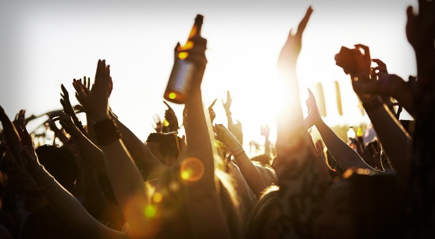 US Millennials image - UK Market Breakfast Briefing: Millennials and wine – should we be worried or excited?
