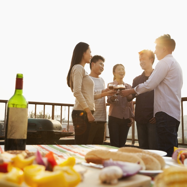 "shutterstock 152941064 600x600 - Who Will Buy ""Masstige"" Wines in China?"
