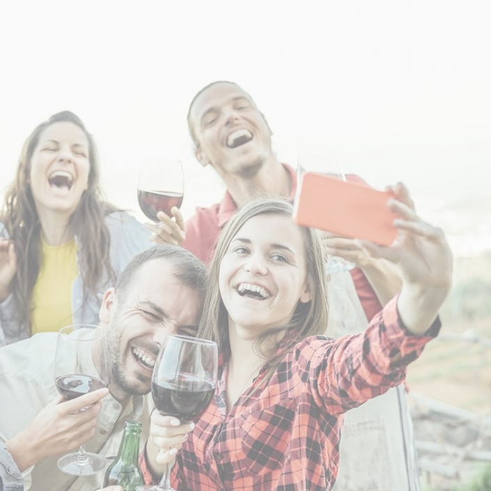 US Millennials story 705x705 - Belgian wine drinkers are consuming less but engaging more